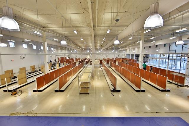 Aid commercial retail store nassau bahamas aid commercial retail store bahamas interior lighting aloadofball Images